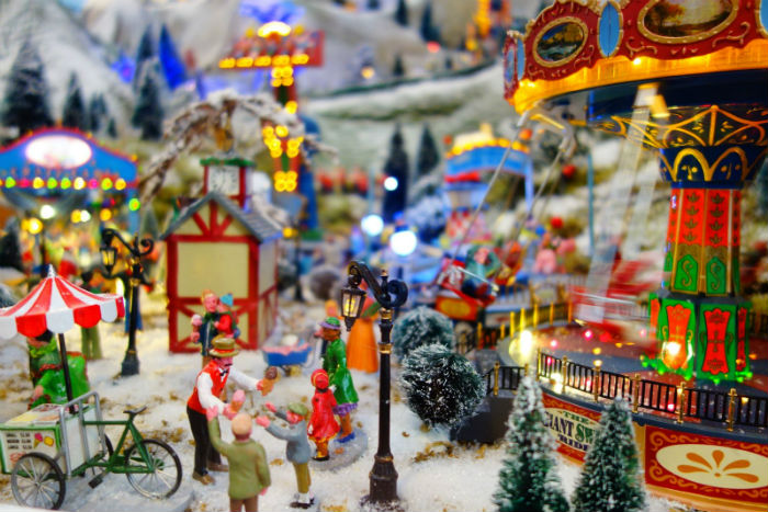 Lemax Carnival draaimolen Kerstdorp Osdorp 2016