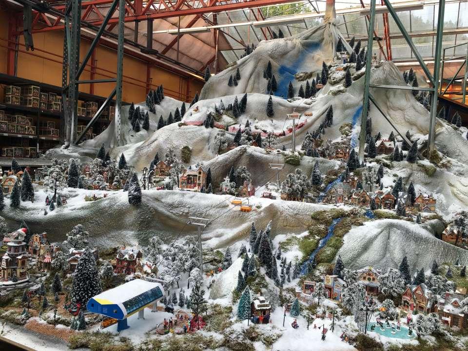 Bergen met sneeuw maken voor je kerstdorp