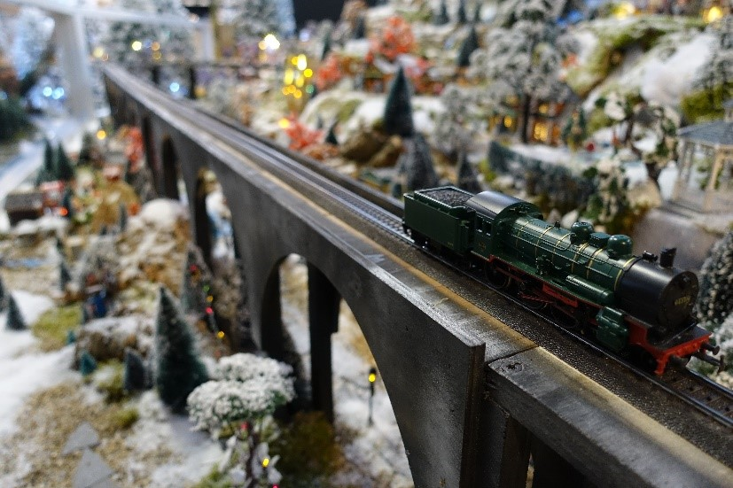 Märklin modeltrein in uw Lemax kerstdorp?