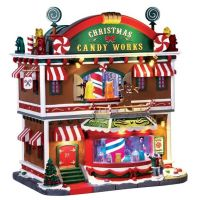 Lemax Christmas Candy Works verlicht kersthuisje Caddington Village 2017