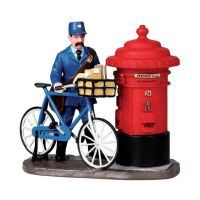 Lemax the postman kerstdorp figuur type 3 Caddington Village 2010